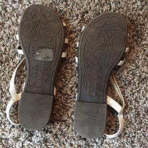 Report Shoes - White Sandals